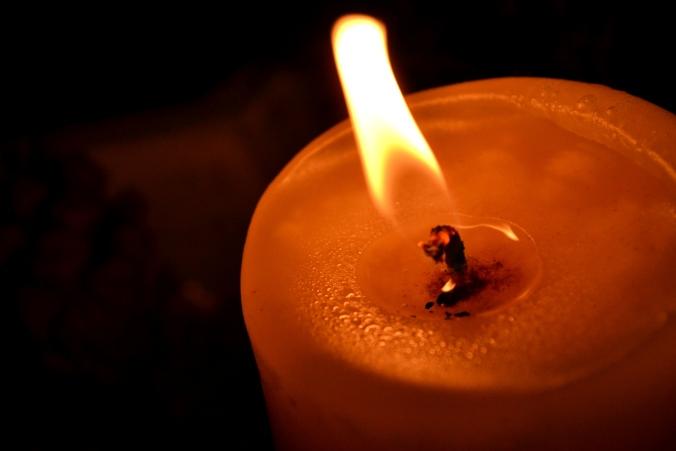 Ein sich bewegender Kerzenschein...